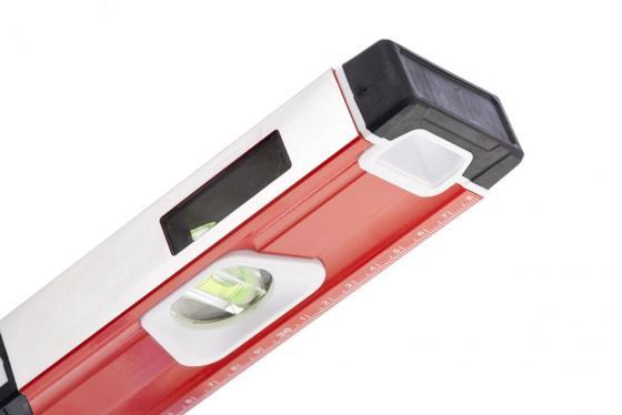 Уровень алюминиевый, магнит., фрезерованный, 3 глазка (1 зеркал.), 2 комп. рукоятки, 600 мм// Matrix