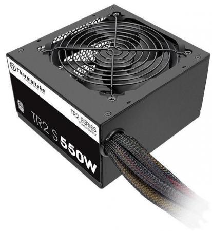 Блок питания Thermaltake TR2S 550W <550W, (20+4+4+4) pin, 2x(6+2) pin, 5xSATA, 4xMolex, FDD, 12 см, кабель питания, 86%, кабель navitoch 30 pin iphone 4 3566 желтый