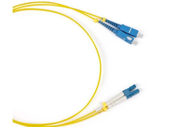 Патч-корд волоконно-оптический Hyperline FC-9-LC-SC-UPC-1M (шнур) SM 9/125 (OS2), LC/UPC-SC/UPC, duplex, LSZH, 1 м кабель патч корд lanmaster lan 2lc 2lc om3 6 0 2x50 125 om3 lc дуплекс lc дуплекс 6м lszh гол