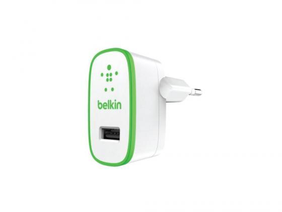 Автомобильное зарядное устройство Belkin для iPhone iPod 2.4A F8J040VFWHT белый зарядное устройство energizer lchecccmamp2 miniusb iphone ipod автомобильное