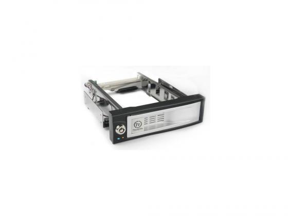 Сменный бокс Thermaltake Max4 N0023SN switch hotswap 3.5 SATA HDD SATA to SATA внешний контейнер для hdd 2 5 sata agestar subcp1 usb2 0 белый
