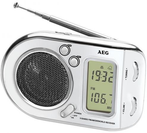 Радиоприемник AEG WE 4125 белый aeg mr 4139 bt schwarz bluetooth радиоприемник