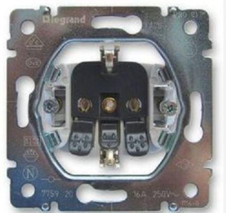 Розетка электрическая Legrand Galea Life 2К+3 автоматические клеммы 775920