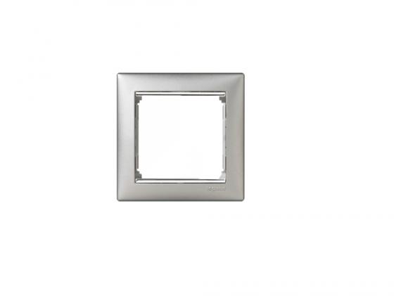Рамка Legrand Valena 1 поста алюминий серебряный штих 770351  рамка legrand valena 2 поста алюминий серебряный штрих 770352