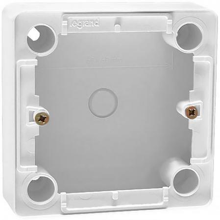 Коробка накладная Legrand Cariva глубина 36мм белый 773697 коллекторная группа royal thermo в сборе с расходомерами 1 вр 3 4 нр 9 выходов нержавеющая сталь rte 52 109