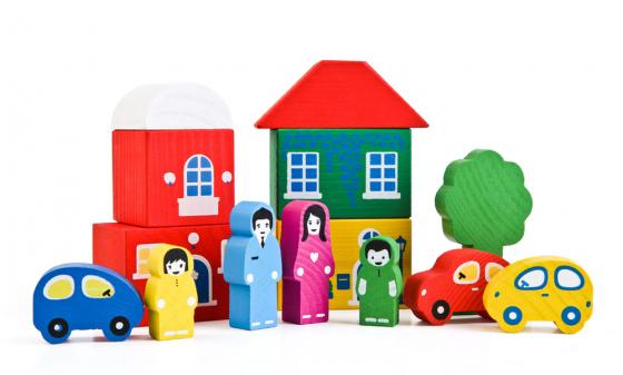 Конструктор Томик Цветной городок 14 элементов 8688-4 деревянные игрушки томик конструктор цветной городок синий 14 деталей