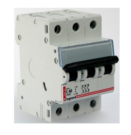 Автоматический выключатель Legrand DX3-E 6000 6кА тип C 3П 50А 407296 автоматический выключатель legrand dx3 e 6000 6ка тип c 1п 25а 407265