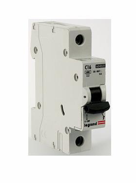 Автоматический выключатель Legrand TX3 6000 тип C 1П 16А 404028 рамка jung b ep483 1ww