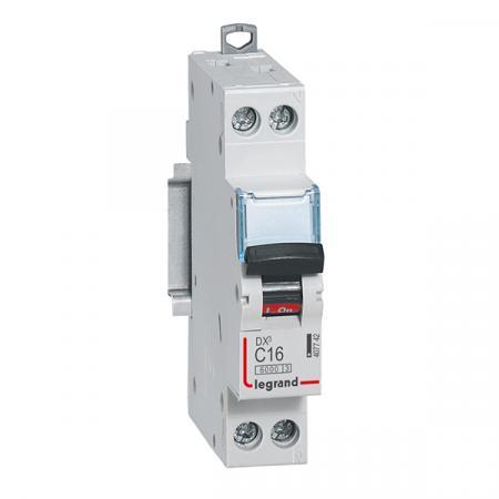 Автоматический выключатель Legrand DX3 6kA/10кА тип C 1п+N 16А 407742 автоматический выключатель tdm ва47 100 3р 100а 10ка d sq0207 0033