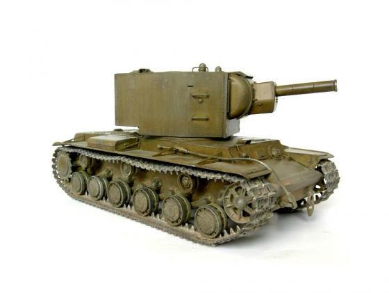 Танк Моделист КВ-2 1:35 зеленый 303535 танк моделист кв 1 1 35 303536