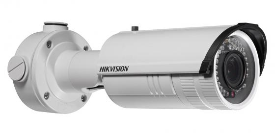 Камера IP Hikvision DS-2CD2642FWD-IS CMOS 1/3'' 2688 x 1520 H.264 MJPEG RJ-45 LAN PoE белый ip видеокамера hikvision ds 2cd2642fwd izs 2 8 12мм 1 3 2688х1520 h 264 mjpeg h 264 day night poe