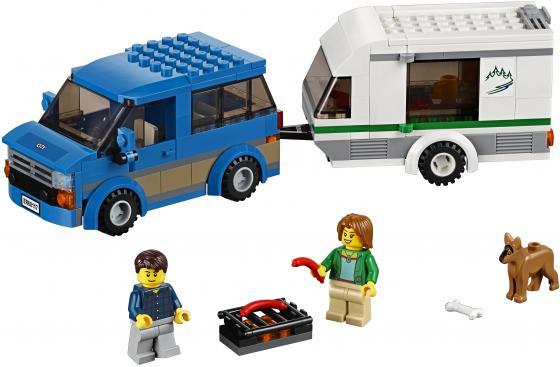 Конструктор LEGO City Фургон и дом на колёсах 250 элементов 60117 конструктор lego city фургон и дом на колёсах