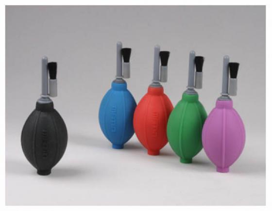 Груша воздушная Matin для очистки фотокамер от пыли со щеткой, силиконовая, двухклапанная, черная, HURRICANE+BRUSH (SILICONE) BLACK