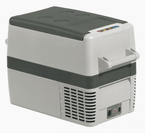 Автомобильный холодильник WAECO CoolFreeze CF-40АС 37л автомобильный холодильник cw unicool 25 25л термоэлектрический 381421
