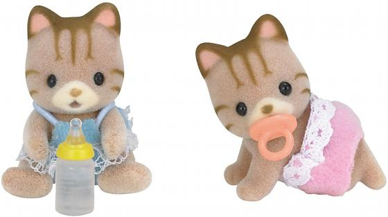 Игровой набор SYLVANIAN FAMILIES Полосатые котята-двойняшки 4 предмета 5188 sylvanian families набор котята двойняшки