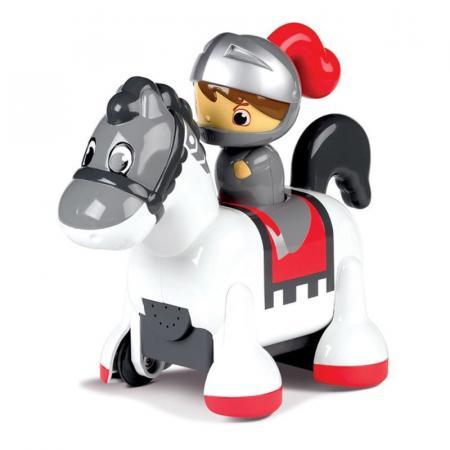 Интерактивная игрушка Tomy Принцесса-всадница от 12 месяцев цвет в ассортименте ТО71914 tomy трактор john deere 6830