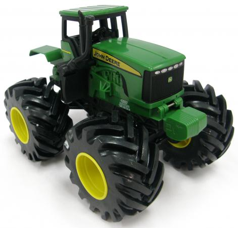 Трактор Tomy John Deere - Monster Treads зеленый машинки tomy трактор реверсивный monster treads
