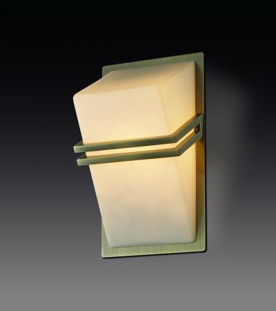 Настенный светильник Odeon Tiara 2023/1W настенный светильник odeon light tiara 2186 1w