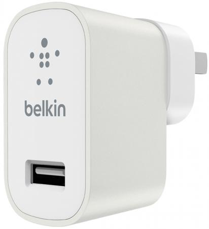 Сетевое зарядное устройство Belkin F8M967btWHT 2.4А USB белый belkin belkin 302617