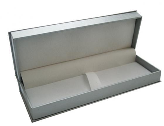 Футляр для ручки, подарочный, прямоугольный, 188х65х34 мм, серебристый BX-415/2