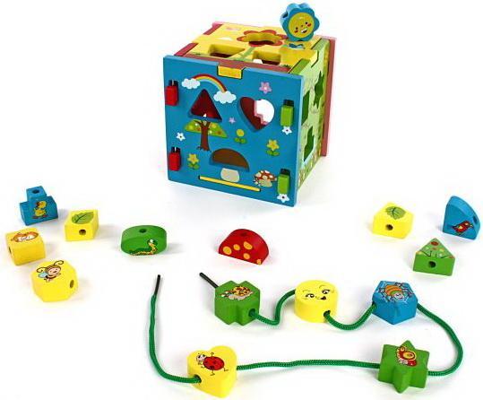 развивающая игрушка mapacha лабиринт сортер большой 76675 Развивающая игрушка Mapacha Кубик Радужный 76644
