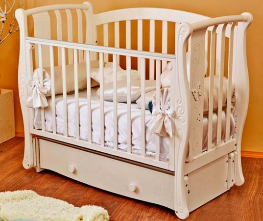 Кроватка с маятником Красная Звезда Ярослава (ваниль/резьба №11/декор бабочка) кроватка диван красная звезда паулина 2 с422 ваниль