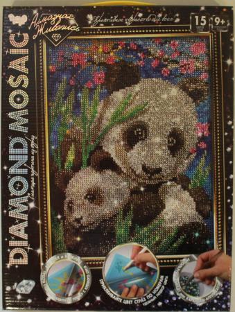 Набор креативного творчества ДАНКО-ТОЙС Diamond Mosaic - Малая панда от 9 лет DM-02-10 набор креативного творчества данко тойс diamond mosaic котята от 9 лет dm 01 10