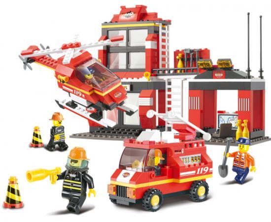 Конструктор Sluban серии Пожарный, Пожарная диспетчерская станция, 371 дет. M38-B0225 конструктор забияка спасатели станция 796 дет 1035391