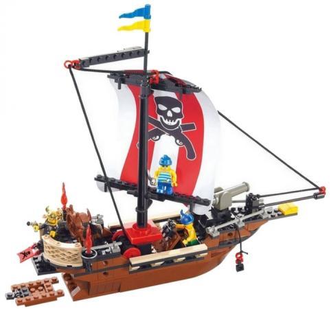 Конструктор SLUBAN быстроходный пиратский корабль M38-B0279 226 элементов конструктор sluban red cliff крепость скала 445 элементов m38 b0265