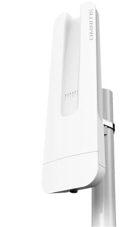 Точка доступа MikroTik OmniTIK 5 802.11aс 5 ГГц 4xLAN USB белый