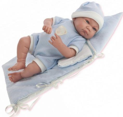 все цены на Кукла Munecas Antonio Juan Juan Ферран в голубом 40 см смеющаяся со звуком онлайн