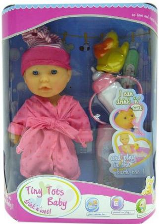 Пупс Shantou Gepai Tiny Tots Baby в розовом халате с аксессуарами (пьет, писает) 23 см пьющая писающая