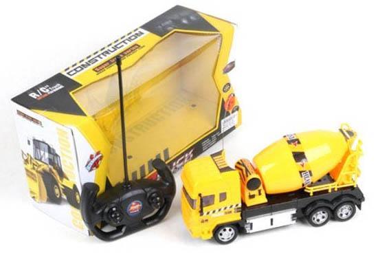 Машинка на радиоуправлении Shantou Gepai Бетономешалка желтый от 3 лет пластик 666-681 игрушка shantou gepai машина перевертыш 666 858