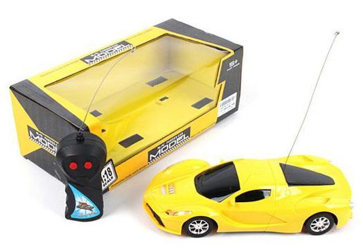 Машинка на радиоуправлении Shantou Gepai 637147 желтый от 3 лет пластик, металл автомобиль balbi автомобиль черный от 5 лет пластик металл rcs 2401 a