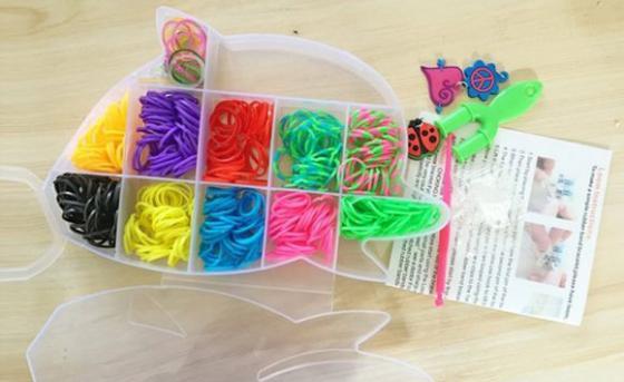 Набор для творчества Shantou Gepai Плетение браслетов, с подвесками 942488