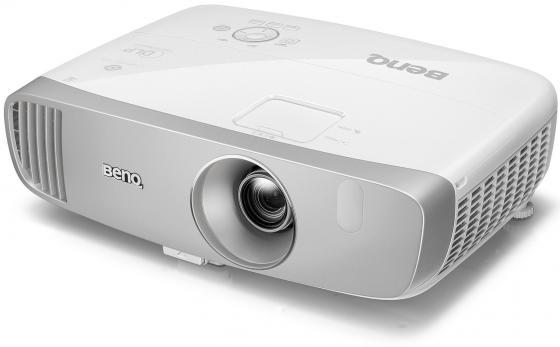 Фото - Проектор BENQ W1120 1920х1080 2200 люмен 15000:1 белый 9H.JHD77.17E проектор