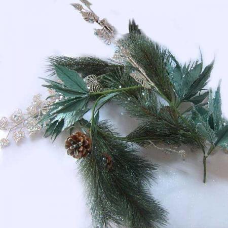 Гирлянда Winter Wings Сосна с цветами 150 см 1 шт зеленый полимер, бумага N069703