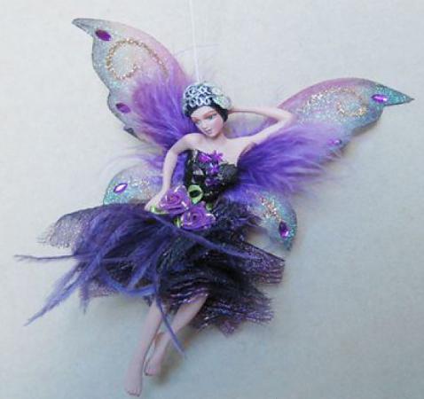 Украшение Winter Wings Фея в темно-фиолетовом платье 15 см 1 шт фиолетовый полирезин
