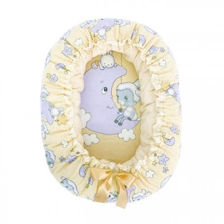 Подушка-валик-гнездо Золотой Гусь Овечка на луне (бежевый) комплект в кроватку золотой гусь мишка царь бежевый