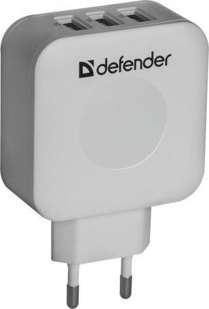 Сетевое зарядное устройство Defender UPA-30 4A 3 x USB белый 83535 автомобильное зарядное устройство defender uca 03 4a 3 x usb белый 83570