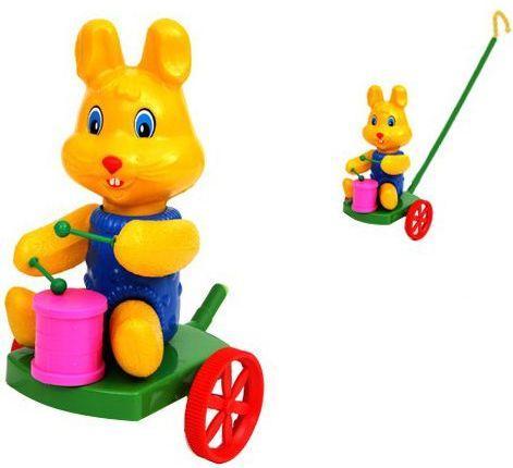 Каталка на палочке Suchanek Кролик с барабаном пластик от 6 месяцев на колесах разноцветный SHNK-03