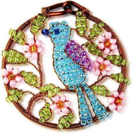 Набор для творчества Клевер Плетение кулона из бисера Соловей АА 07-212 набор для творчества клевер набор для изготовления цветка из бисера алая роза