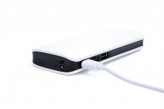Аккумулятор внешний 16 000 mAh с тремя USB-выходами SU 0068 аккумулятор внешний 10 000 mah серебряный su 0062