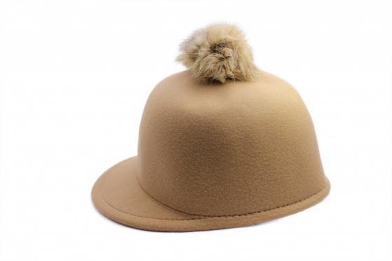 Шапка с козырьком беж AS 0304 шапка женская bradex цвет синий as 0297 размер универсальный