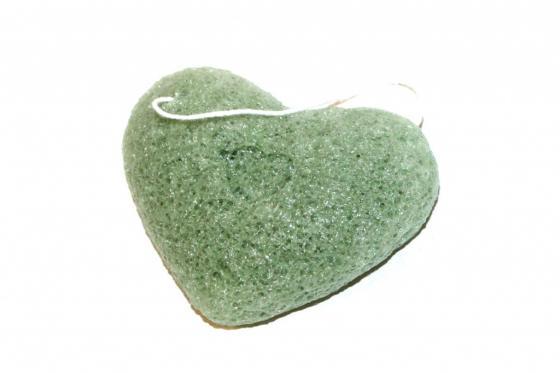 Губка-спонж «КОННЯКУ» с экстрактом зеленого чая KZ 0351 губка спонж bradex kz 0247 конняку