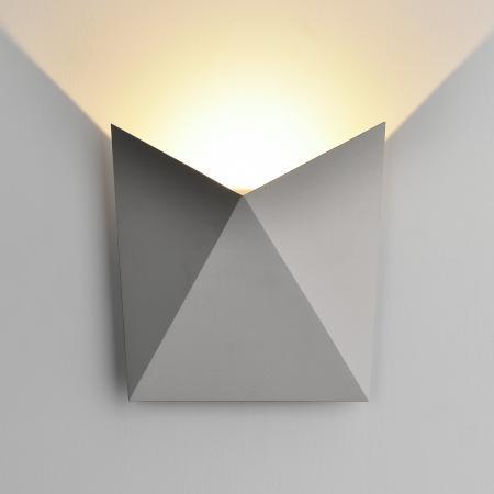 Уличный настенный светодиодный светильник Elektrostandard 1517 Techno Led Batterfly 4690389108891