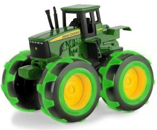 Трактор Tomy John Deere - Monster Treads зеленый Т11311 машинки tomy машинка tomy john deere реверсивные monster treads