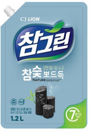 Средство для мытья посуды CJ Lion Chamgreen: Древесный уголь 1.2л цена