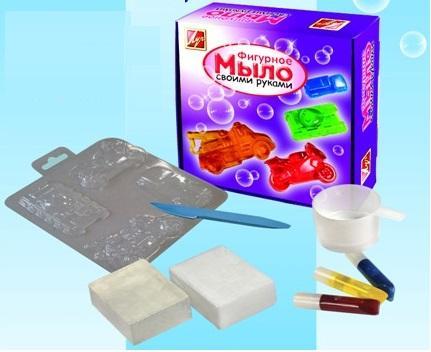 Набор для изготовления мыла ЛУЧ Машины