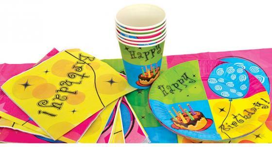 Набор для праздника С ДНЕМ РОЖДЕНИЯ!, в наборе: 6 тарелок, 6 чашек, 6 салфеток, скатерть 130см*180 недорого